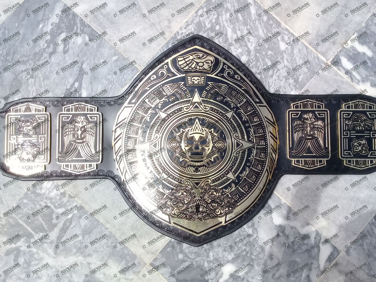 Lucha Underground Heavyweight Wrestling Champion replica belt