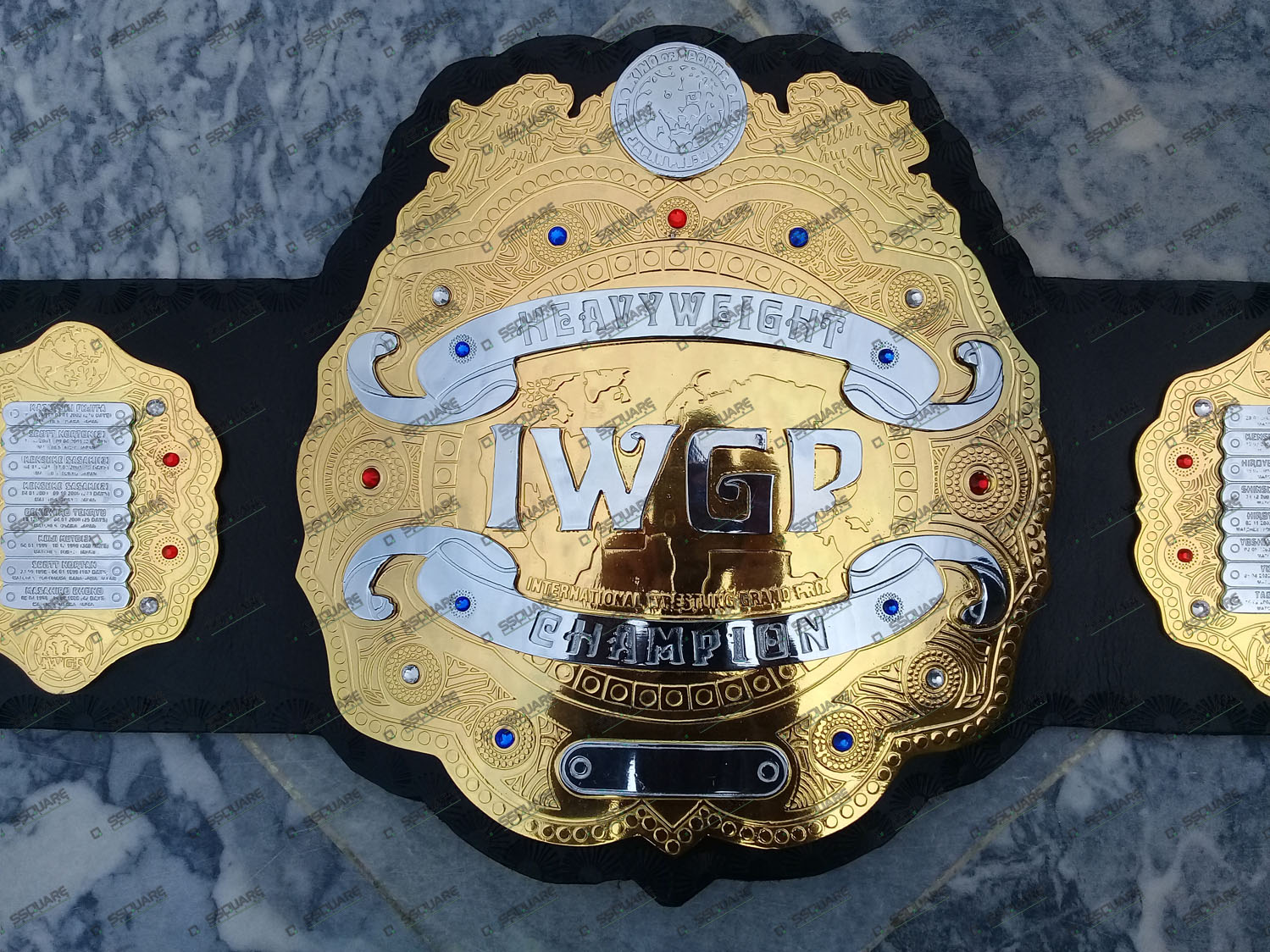 IWGP Heavyweight Wrestling Champion replica belt