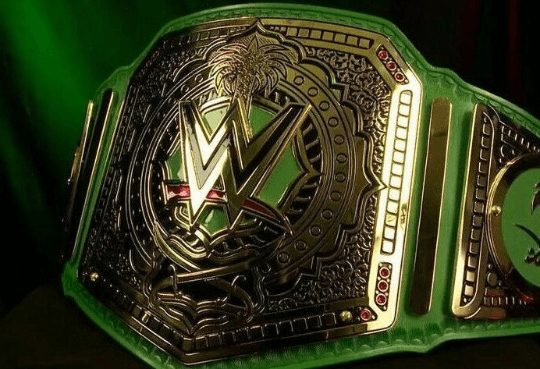 Royal-Rumble-Saudi-Arabia-championship-Replica-belt